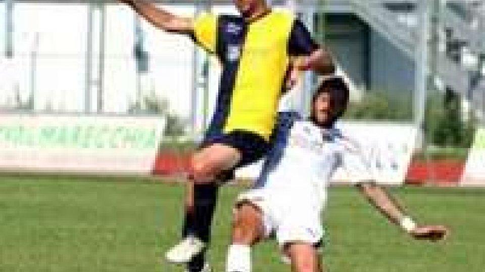 Carattere Santarcangelo a Savona: 0-0 in dieci