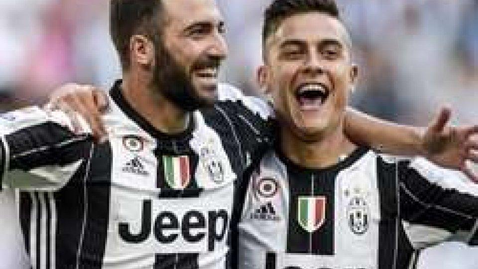 Higuain e DybalaChampions, stasera c'è Lione - Juventus: Allegri a trazione anteriore