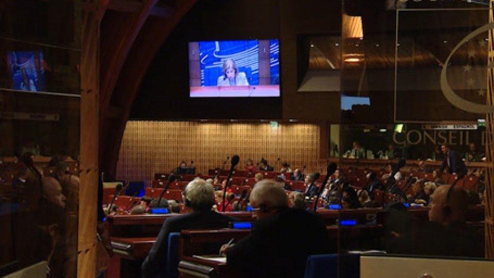 """Consiglio d' EuropaA Strasburgo la mozione """"Nicolini"""" per la difesa dei piccoli Stati dalle influenze dei potentati finanziari"""