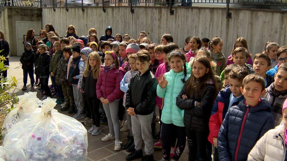 Basta sprechi: dai bambini delle elementari di Borgo un messaggio ecologista