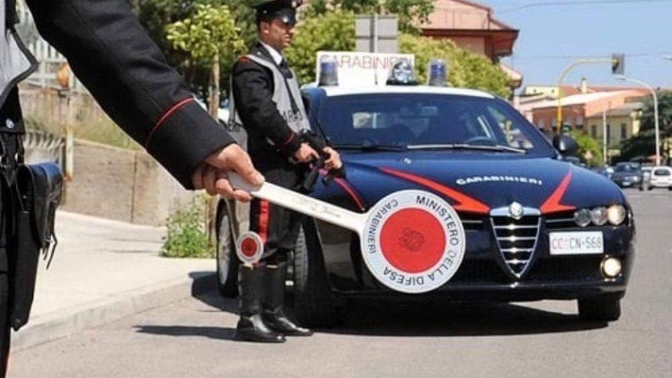 Rimini: gruppo segreto su Facebook segnala posti di blocco, indagini della Polizia Postale