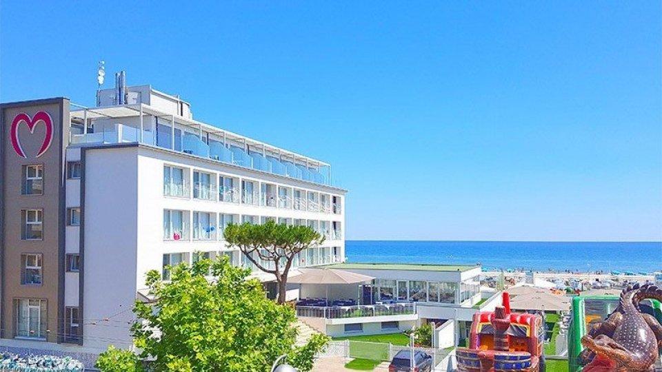 Primavera d'oro in Riviera: Pasqua e ponti verso il pienone