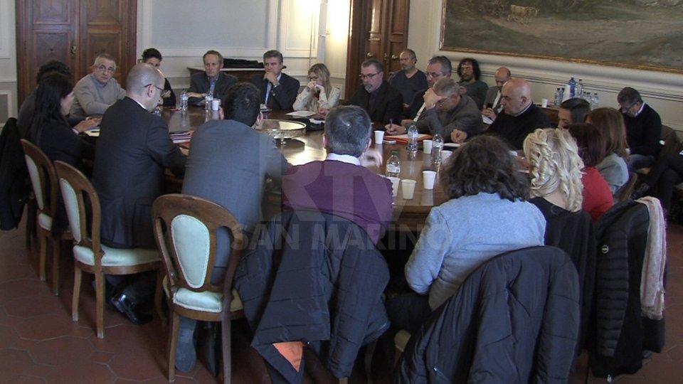 """Npl, tavolo allargato: il sindacato non convinto dalla proposta di Abs. """"Le priorità sono Cis e Fondi pensione"""""""