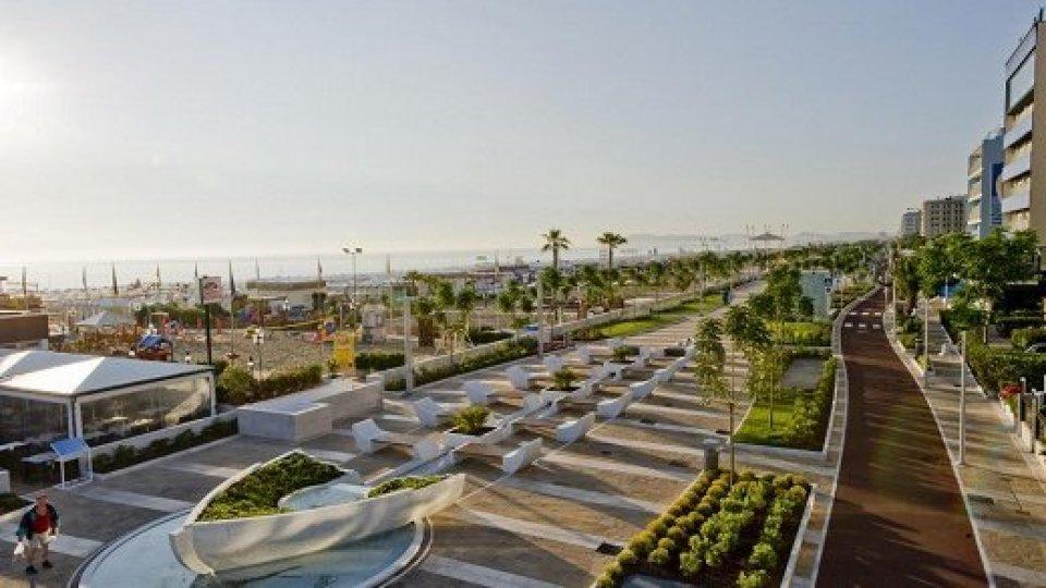Riccione: la Giunta approva modifiche al Regolamento per gli stabilimenti balneari e i bar-ristoranti sulla spiaggia