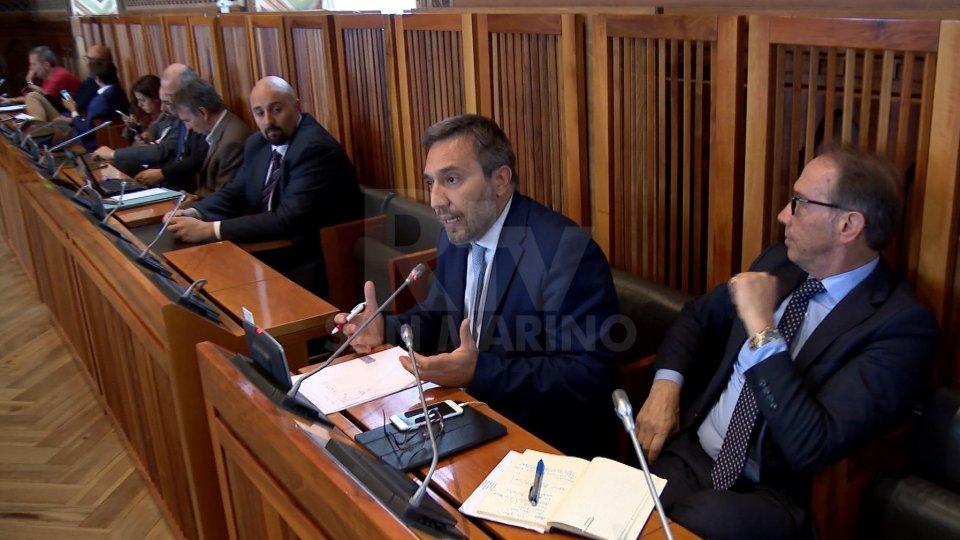 """Commissione finanze: audizioni """"segrete"""""""