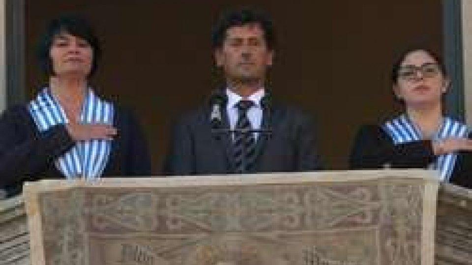 Il Segretario Zanotti tra i Capitani ReggentiReggenza: Il Segretario Zanotti annuncia i nuovi Reggenti