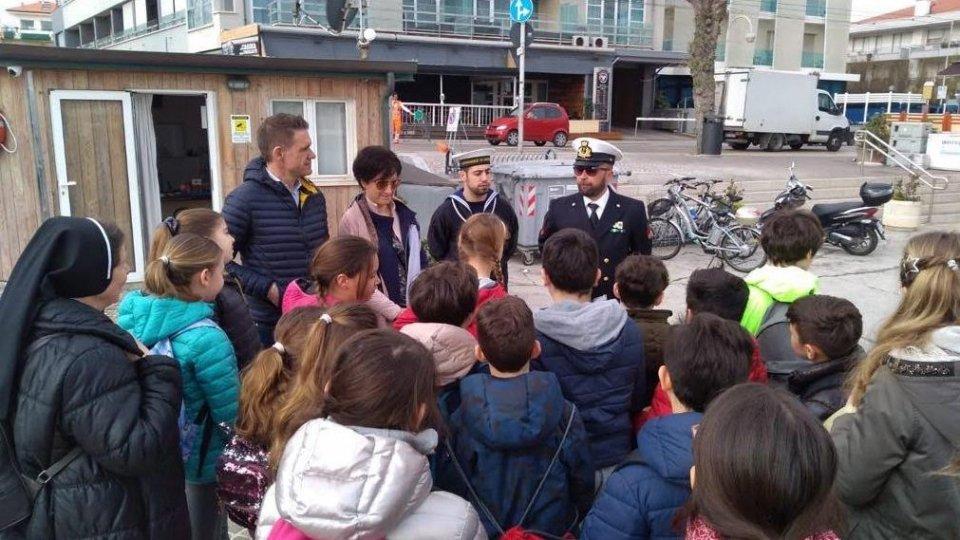 Giornata del Mare 2019, scuole in prima linea con la Guardia Costiera, le Associazioni marinare e l'Amministrazione