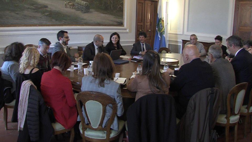 Continuano gli incontri Governo - Sindacato sui temi del rinnovo del Contratto di Lavoro del Pubblico Impiego e sul contenimento della spesa pubblica
