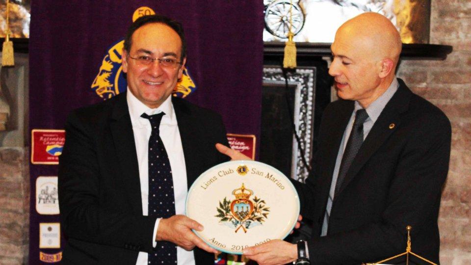 Rispetto nella vita: Gabriele Raschi al Lions Club San Marino