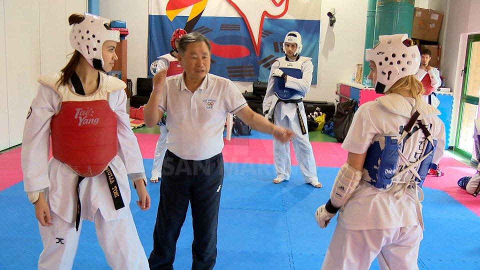 Il Maestro Park con gli allievi del Taekwondo San MarinoUn week end di lavoro di Taekwondo