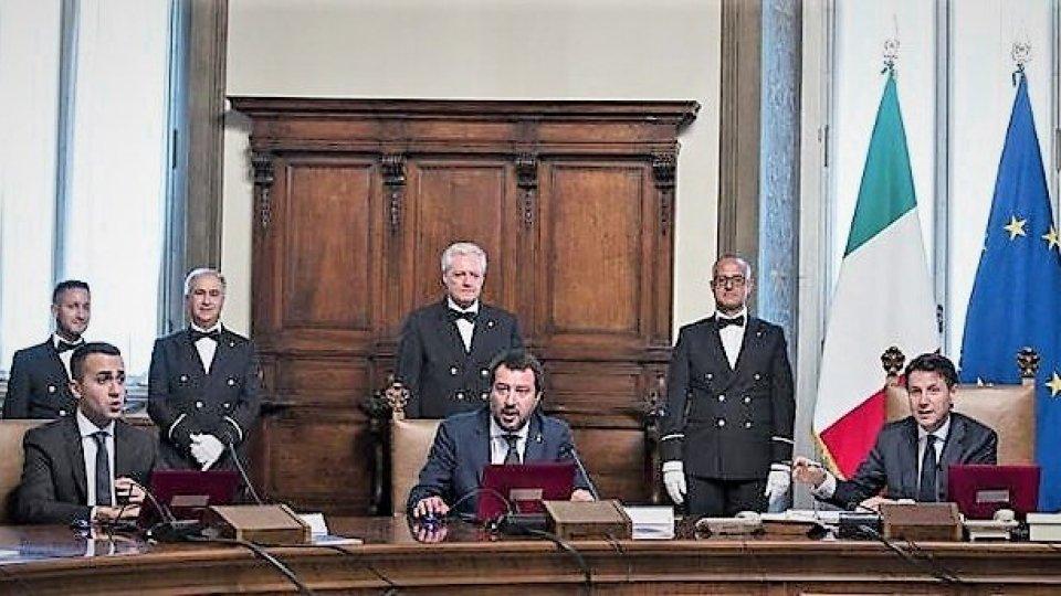 """Il Consiglio dei ministri stralcia il """"Salva-Roma"""". Ira di Conte contro la Lega"""