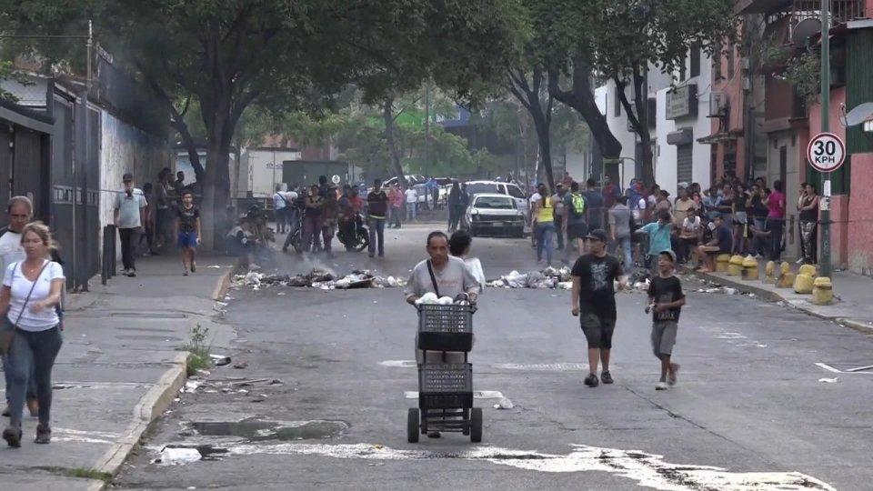 Guaidó, altri tre giorni di mobilitazione