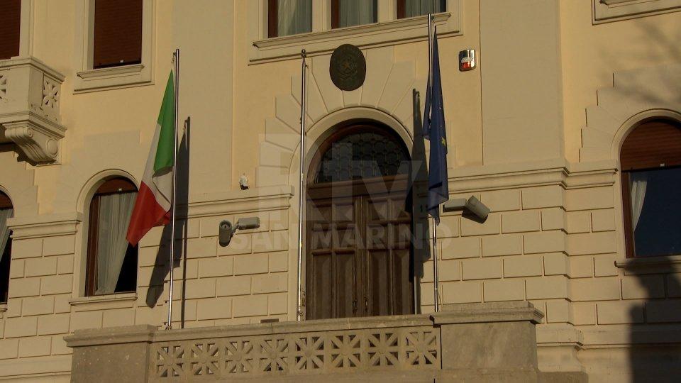 Ambasciata d'Italia a San MarinoElezioni Europee: gli italiani residenti in Repubblica, e coloro che hanno la doppia cittadinanza, potranno votare solo nei Comuni del Belpaese nelle cui liste elettorali risultano iscritti