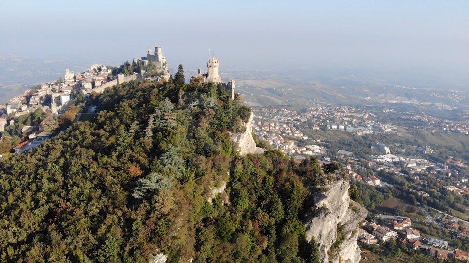 Caso Siri: già a fine 2018 collaborazione da San Marino