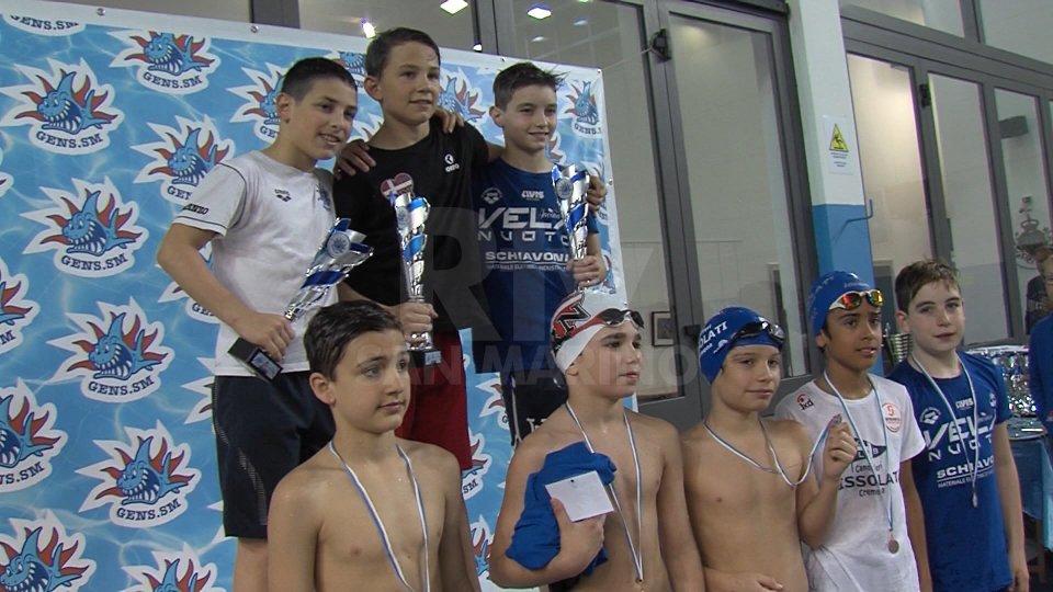 Meeting Squalo Blu, vince la Vela Nuoto Ancona. 7° posto per la Gens Aquatica