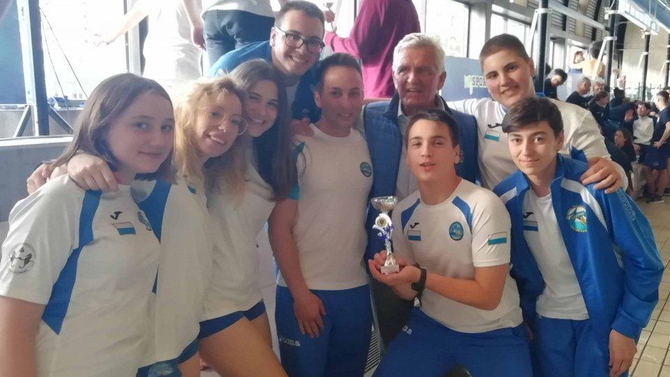La Domus San Marino Nuoto Pinnato sorprende al Trofeo Ferraro di Genova