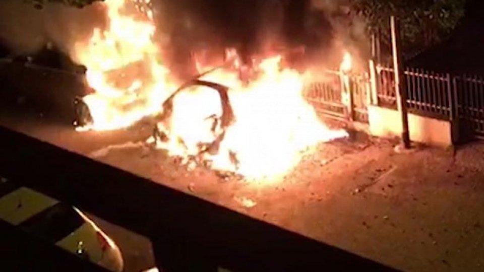 le auto incendiate