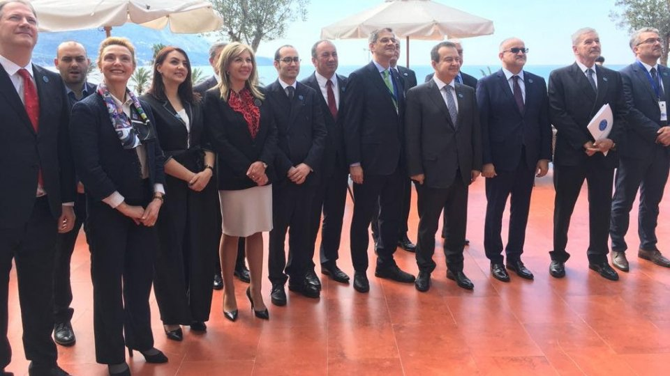 Renzi in Montenegro per l'adesione alla Iniziativa Adriatico-Ionica