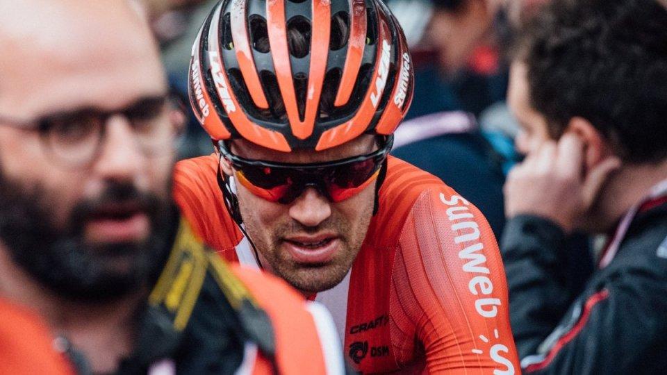 Giro d'Italia: Dumoulin si ritira dopo la caduta di ieri