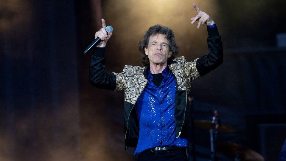 He moves like Jagger, sui social foto e video