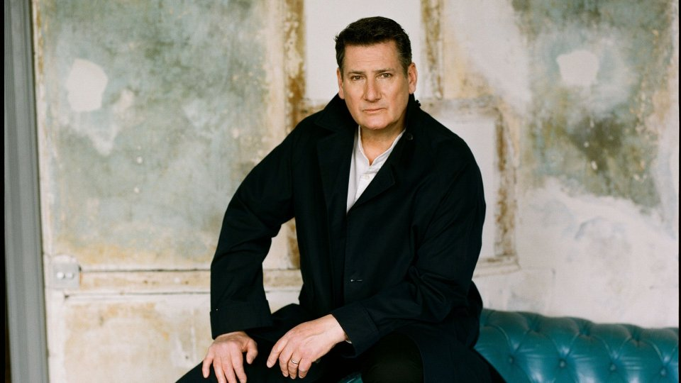"Tony Hadley e ""Talking to the moon"""