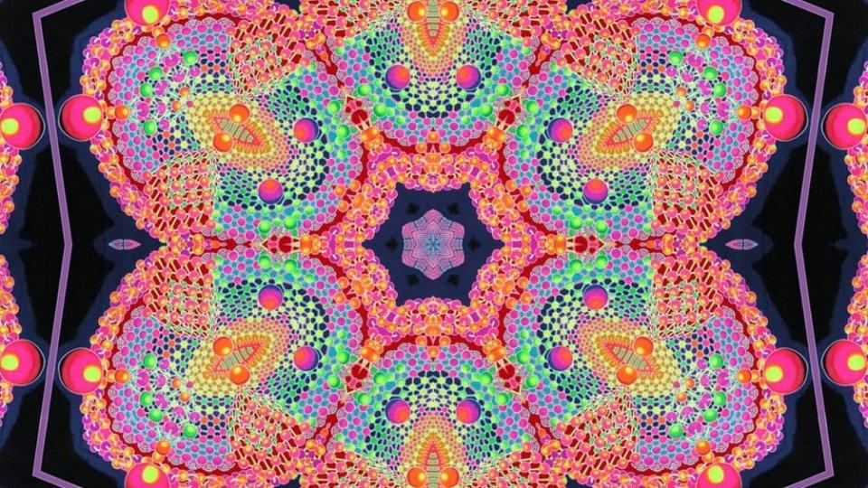 Pulisce sinth degli anni '60 con tracce di LSD