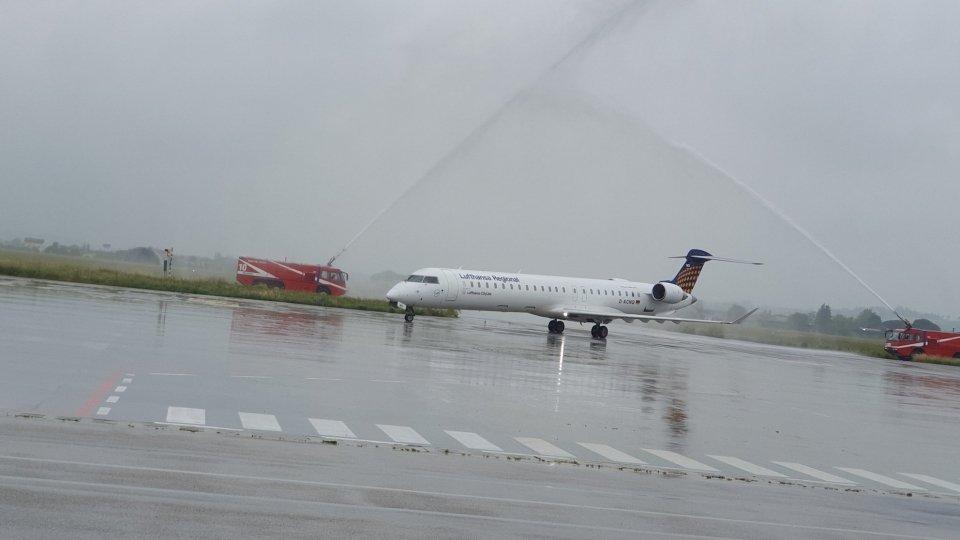 Battesimo per il primo volo Lufthansa in arrivo da Monaco