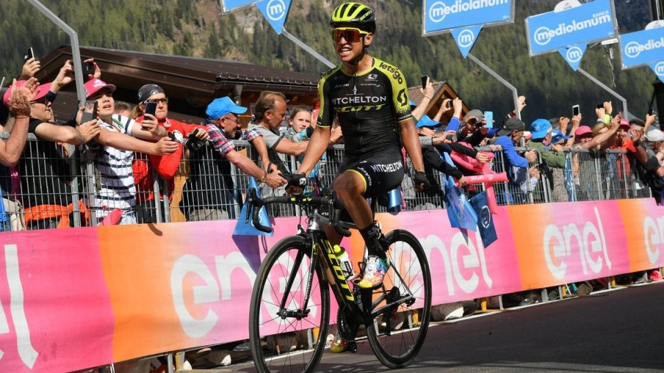 Giro d'Italia: vince Chaves, Carapaz amministra