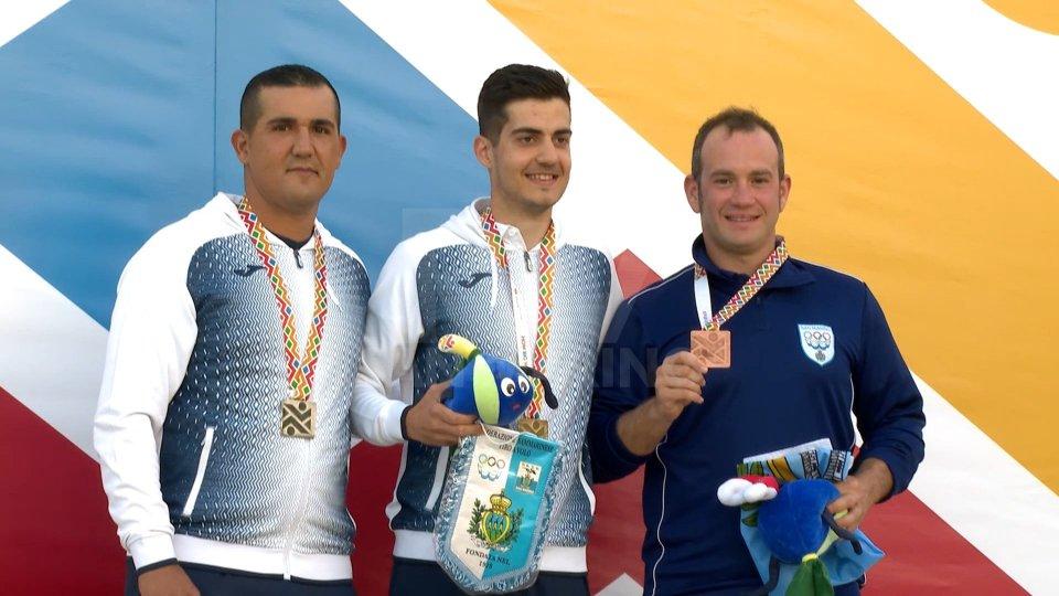 Gian Marco Berti con la medaglia di BronzoDouble Trap: Berti sul podio