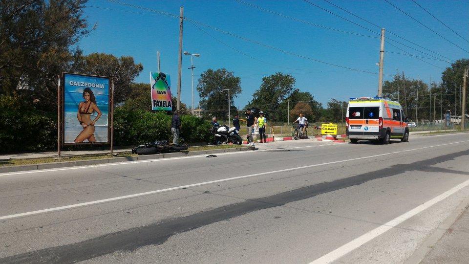 Miramare: motociclista si scontra con un auto sammarinese