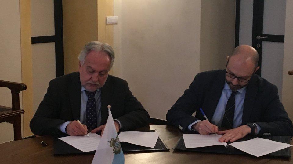 Corrado Petrocelli e Vito TestajL'intervista al Rettore Corrado Petrocelli