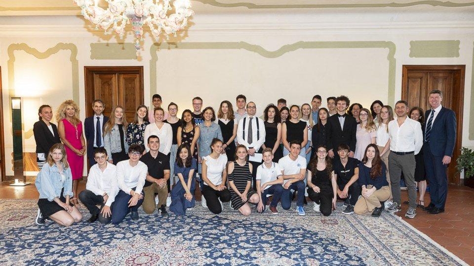Ricevuti a Palazzo Begni gli studenti della Scuola Secondaria Superiore di San Marino e dell'Istituto Vienna International School (VIS)