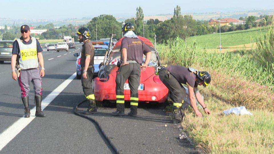 Identificato il cadavere dell'incidente in A14: si tratta di un 41enne di Fano