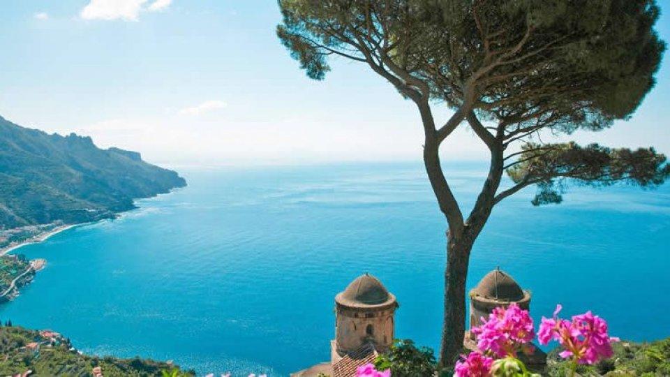 Turismo: primo calo in 5 anni per le prenotazioni in Italia
