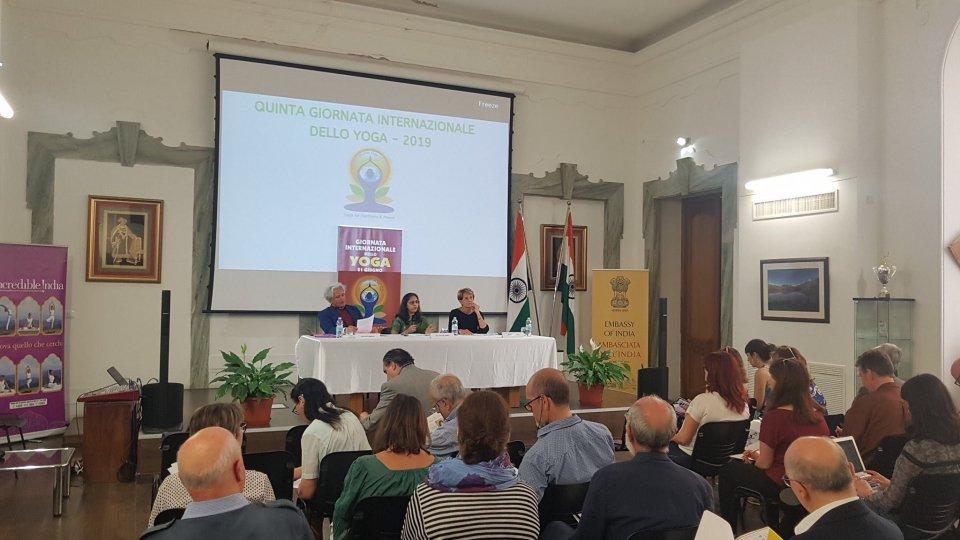 Presentata a Roma la Giornata Internazionale dello Yoga: sabato 15 giugno le celebrazioni a San Marino