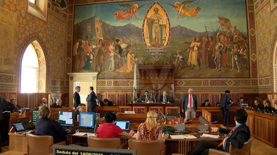 Banche, al via il Consiglio straordinario su Commissioni d'inchiesta e pdl Salvabanche