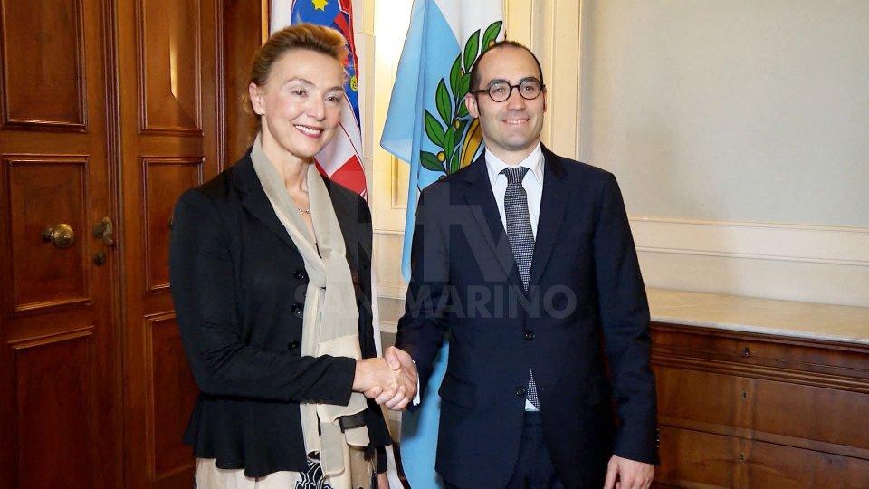 Le interviste al Segretario Affari Esteri, Nicola Renzi, e a Vanessa D'Ambrosio, capodelegazione delegazione sammarinese