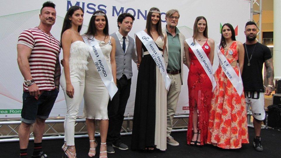 Rebecca Degli Innocenti eletta Miss Mondo Città di Rimini. Eleonora Cracchiolo è Miss Mondo Le Befane