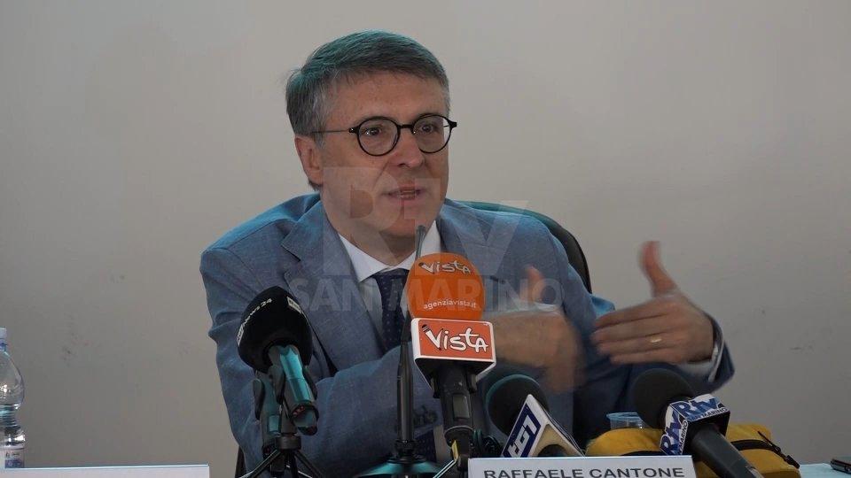 Raffaele CantoneLe risoluzioni bancarie