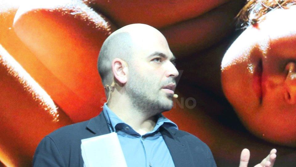 Roberto Saviano inaugura il Web Marketing Festival