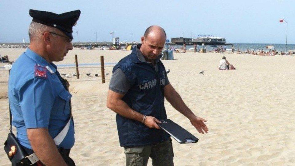 """Aggressione in spiaggia, il romeno si difende: """"Volevo solo fare amicizia"""". Fondamentale l'intervento di un giovane senegalese"""