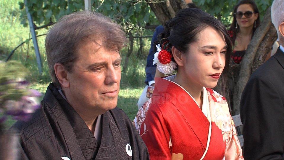 Paolo Bandini e Akiko Yataniuna cerimonia suggestiva