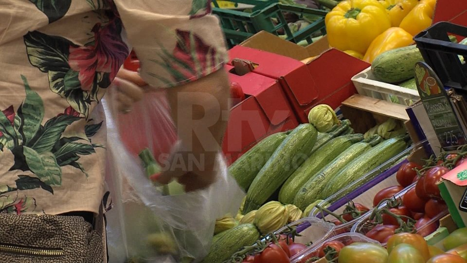 Prezzi dei generi alimentari: la Csu ribadisce che a San Marino sono più alti che a Rimini