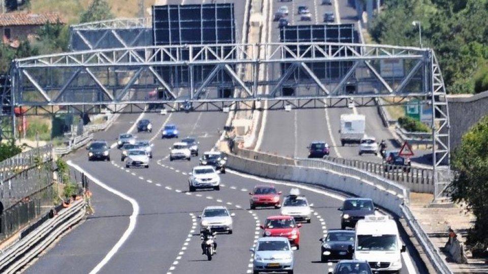 Al via il primo esodo, l'86% rimane in Italia