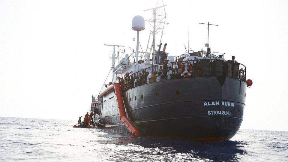 Soccorso ai migranti: scontro aperto tra Ong e Salvini