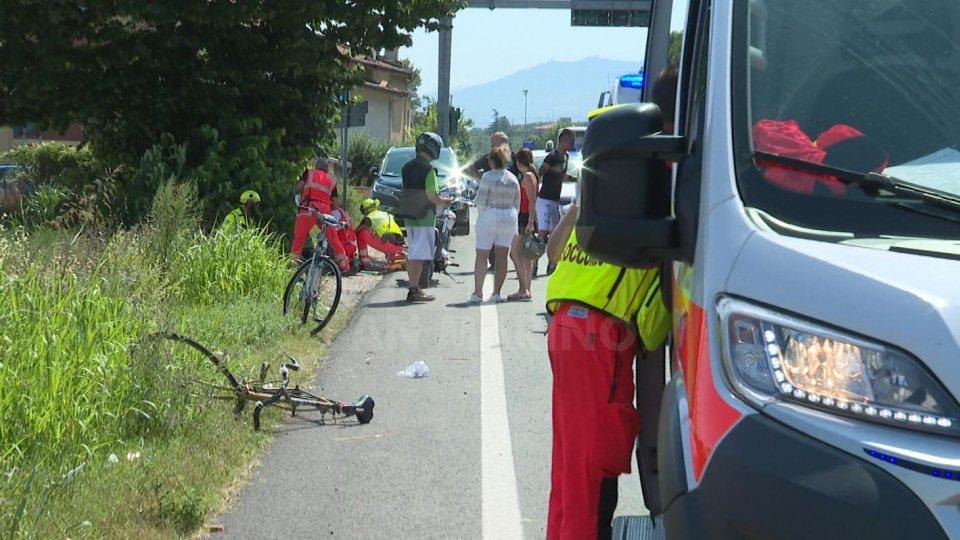 """Ciclista extracomunitario travolto sulla Consolare, trasportato in elisoccorso al """"Bufalini"""""""