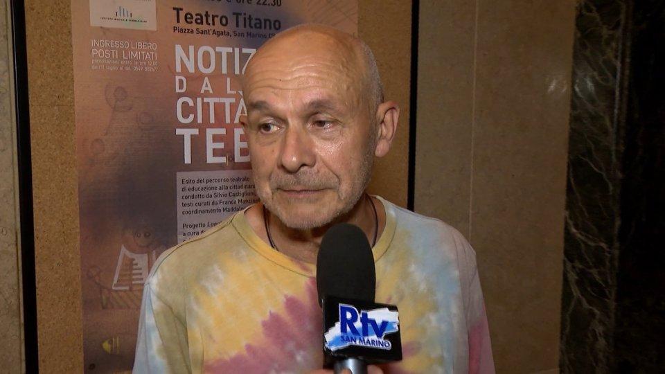 TEBAIDE titanica: Castiglioni insegna teatro nel foyer del Titano