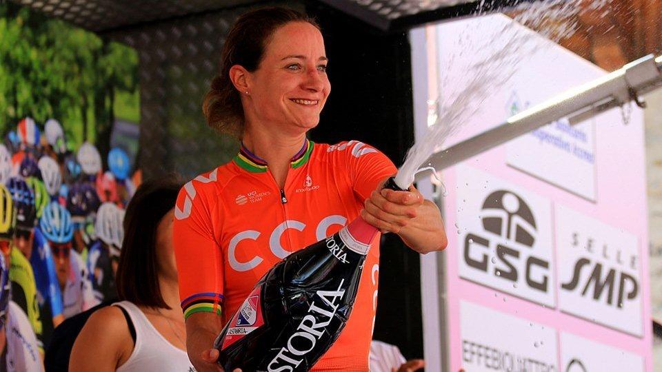 Giro d'Italia: Marianne Vos vince la settima tappa. Terza l'italiana Longo Borghini, quarta Van Vleuten