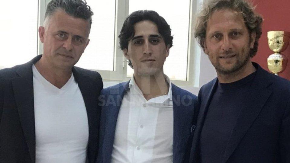 Francesco Baldini con l'amministratore delegato Lorenzo Giorgio Petroni e il direttore sportivo Raffaele Rubino (Foto: trapanicalcio)