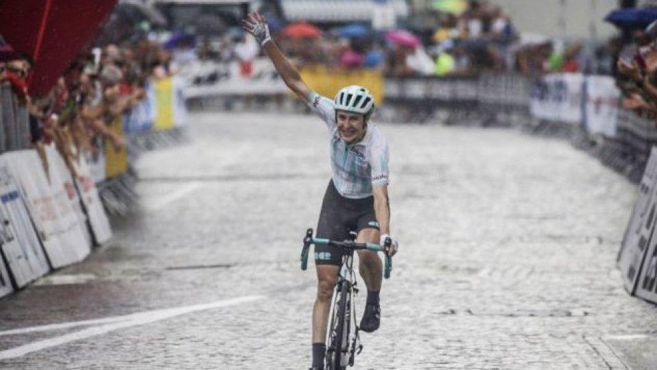 Giro d'Italia: Banks vince l'ottava tappa. Paladin, terza, entra nella top 10